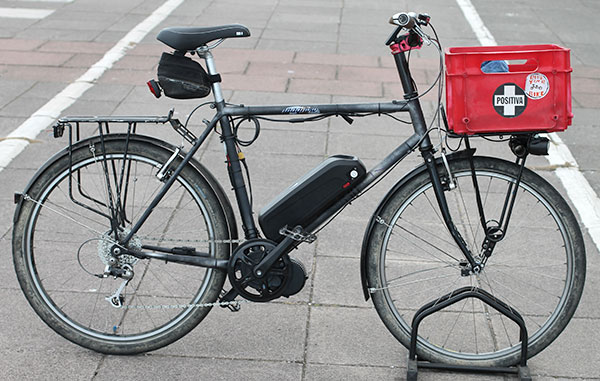Load carrying e-bike